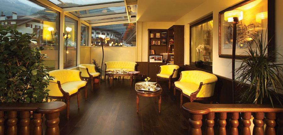 italy_dolomites_selva_hotel-oswald-lounge.jpg